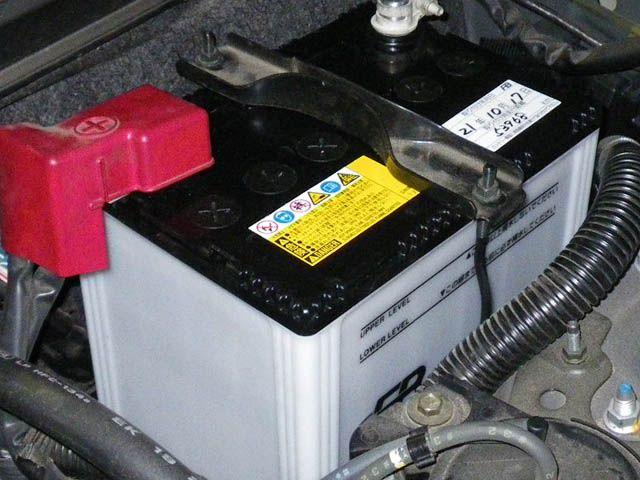 バッテリーは日頃の車の乗り方で大きく寿命が変わる!?|白河市・棚倉町のガソリンスタンド